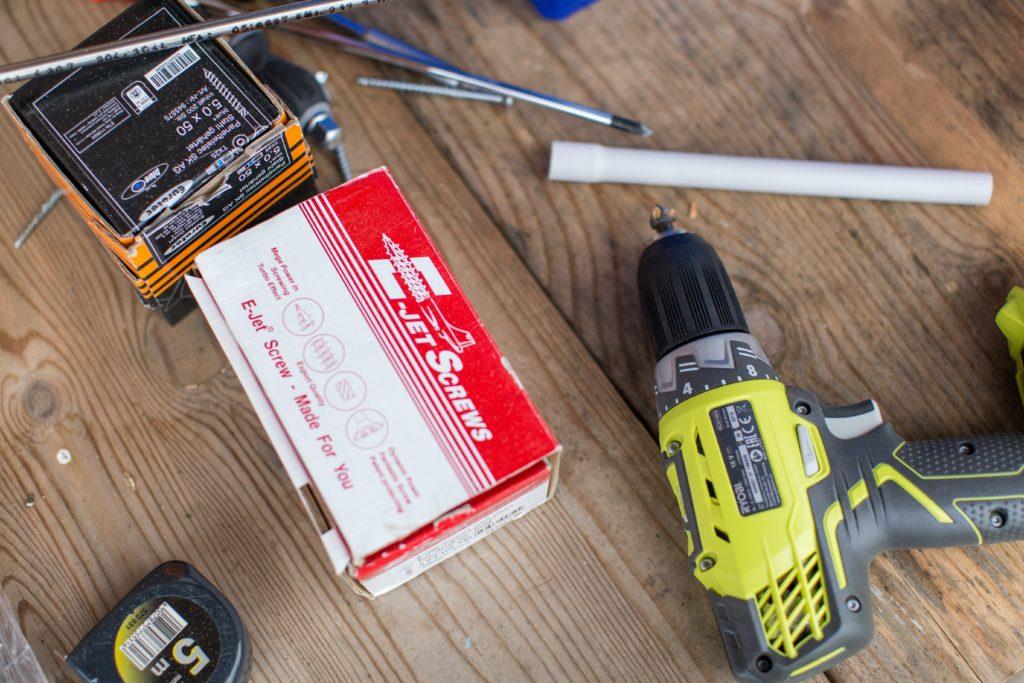 Les outils pour fabriquer un composteur